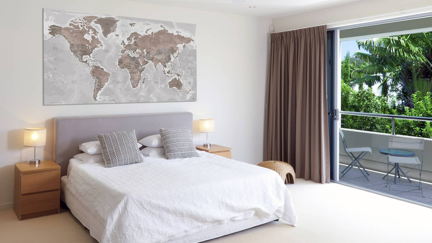 Large-World-Map-decoration